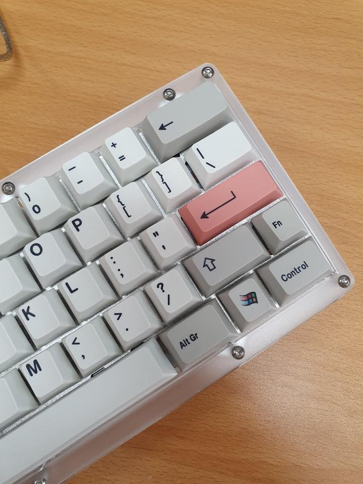 B60 keyboard(2).jpg